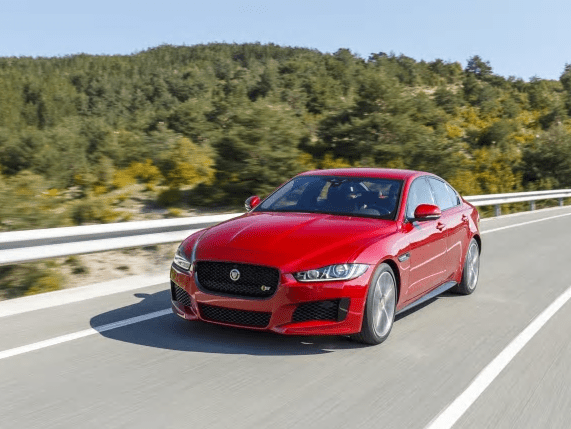 Jaguar Xe red front