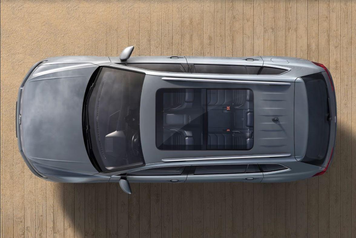 Volkswagen Tiguan allspace interior view through sunroof