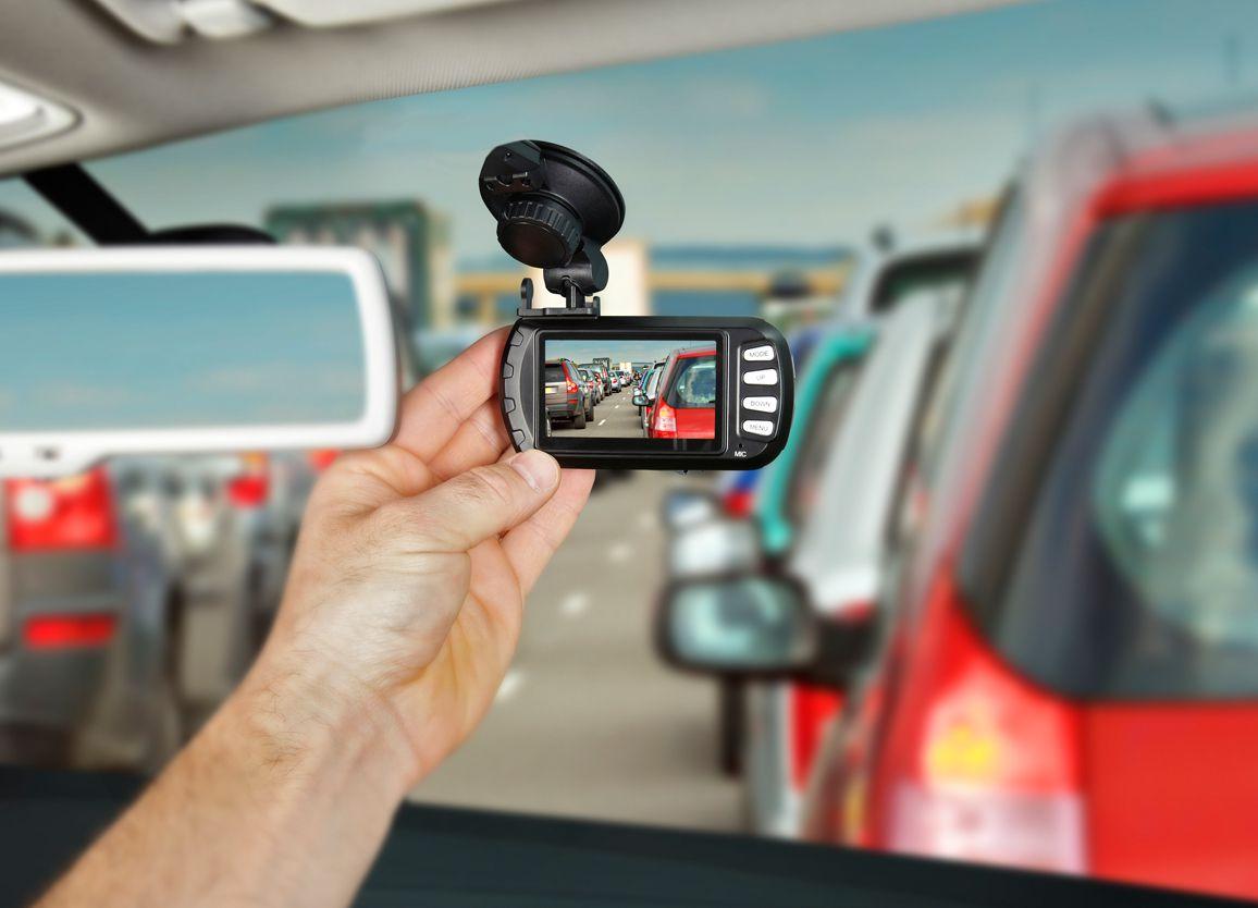 Adjusting your car dash cam