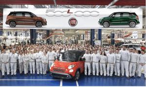 Fiat 500L celebrates hitting 500,000 sales