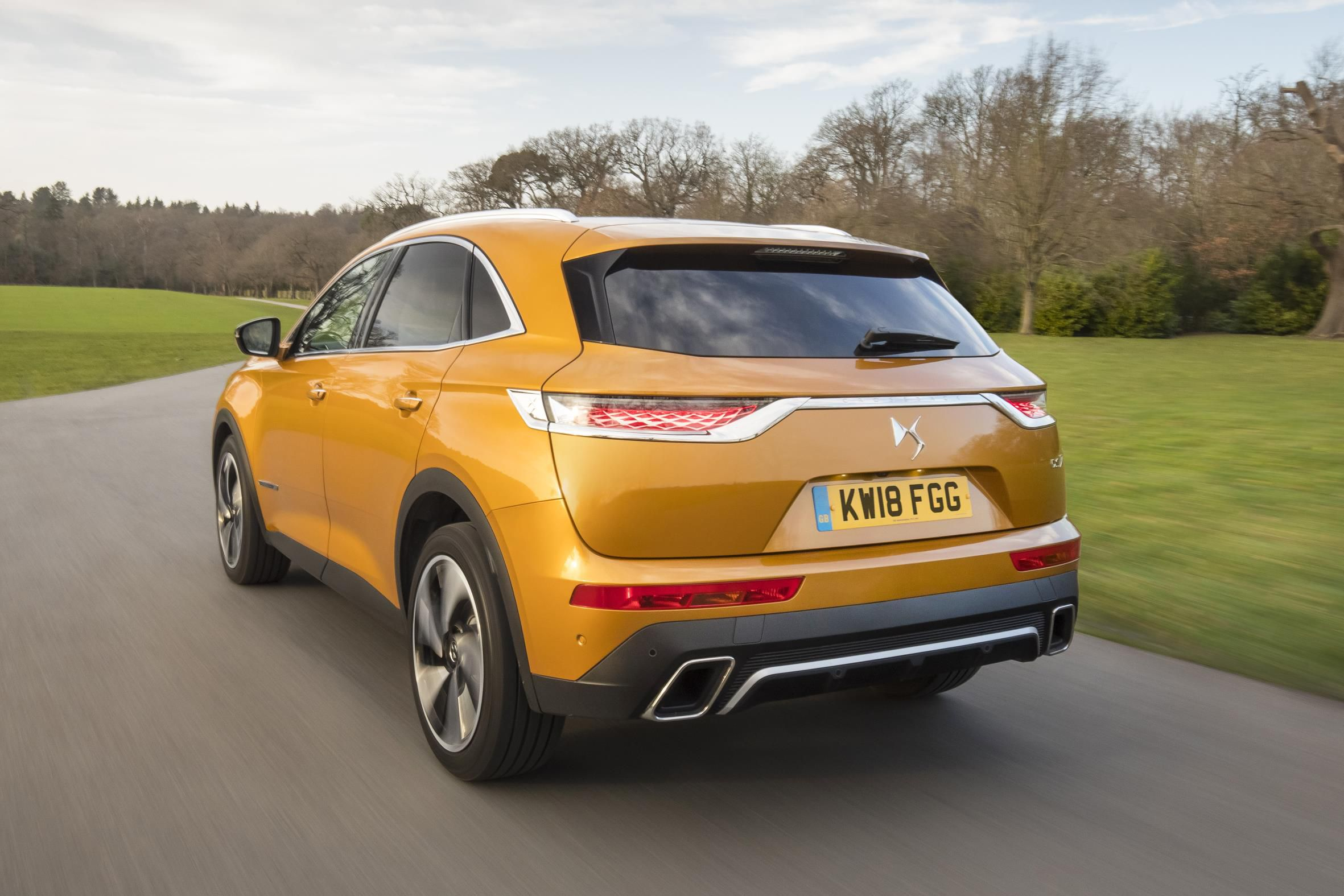 DS 7 Crossback driving away on a country road