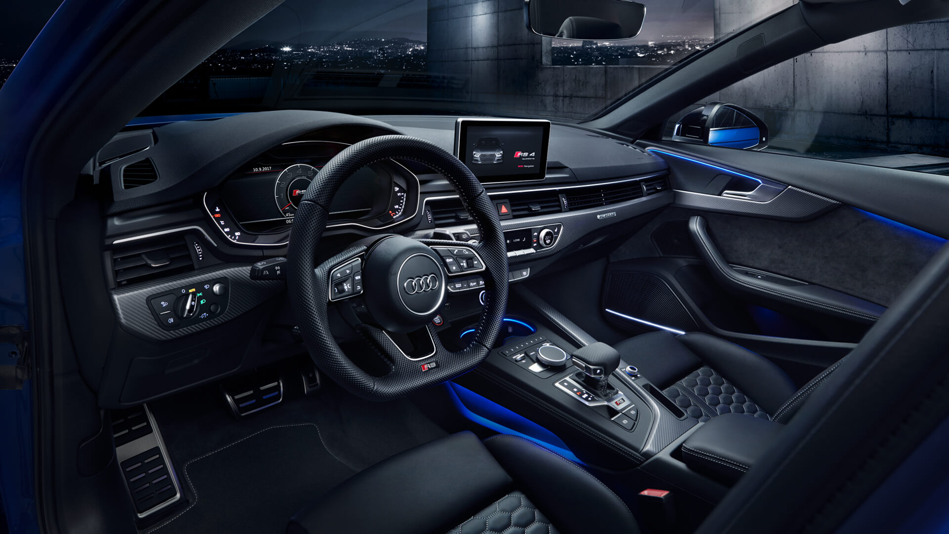 Gorgeous interior of the latest Audi RS4 Avant