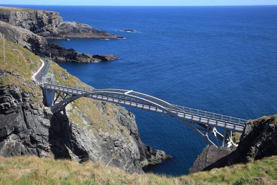 WIld Atlantic Way Irish coastal exploration